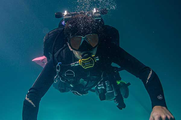 OUR COURSES - LEARN TO DIVE