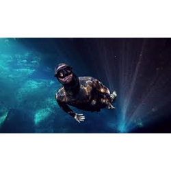 Freediver (Excl Material)